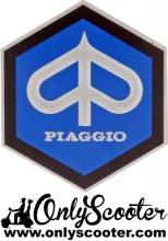 Escudo hexagonal Piaggio  26 mm adhesivo (primavera-SL)