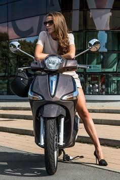 PIAGGIO NEW LIBERTY 125 I-GET ABS E4 + BAUL +SOPORTE